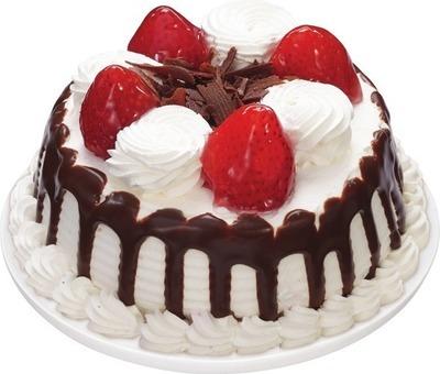 MINI STRAWBERRIES 'N CREME CAKE