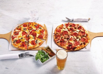 PERSONAL HOT PIZZAS
