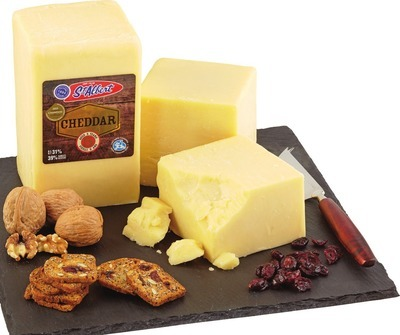 ST-ALBERT AGED 5 YEAR CHEDDAR CHEESE