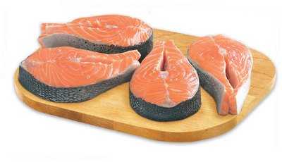 FAMILY PACK, MIN. 900 g or Fresh Atlantic Salmon Steaks Fresh Haddock Fillets 1.77/100 g