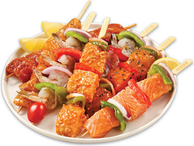 SHRIMP OR SALMON KABOBS WITH VEGETABLES