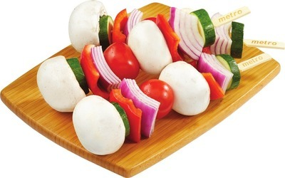 FRESH FRUIT KEBABS 756 g FRESH VEGETABLE KEBABS 714 g