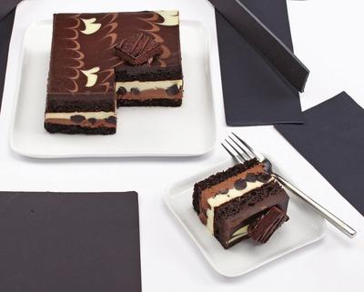 IRRESISTIBLES TUXEDO CAKE