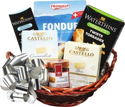 GIFT BASKETS BRIE/CAMEMBERT DELIGHT OR GOURMET TREATS GIFT BASKET