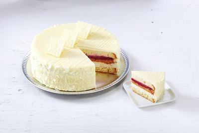 WHITE CHOCOLATE CRANBERRY TRUFFLE CAKE