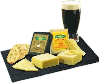 PATRICK'S DAY KERRYGOLD RESERVE, DUBLINER OR BLARNEY CASTLE CHEESE