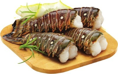 ROCK LOBSTER TAIL 4 OZ. OR MARINA DEL REY WILD CAUGHT ARGENTINIAN RAW EASY PEEL SHRIMP 20 - 30 SIZE, 300 G