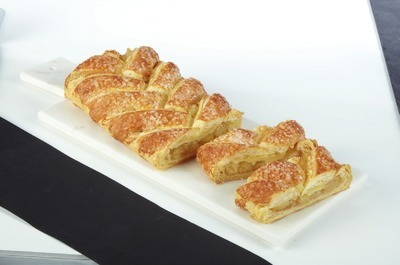 FRONT STREET BAKERY BRAIDED STRUDEL
