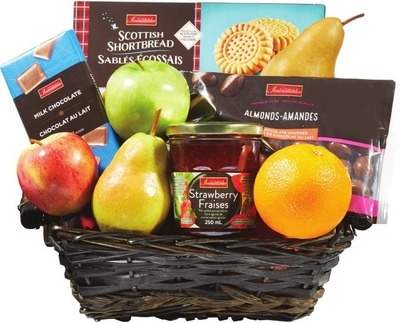 ASSORTED FRUIT BASKETS